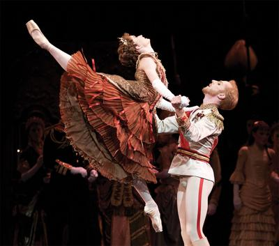 The Royal Ballet Dances Back to Downtown