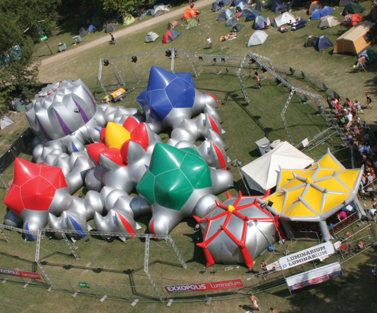 Grand Park Blows Up With an Inflatable Walk-in Structure