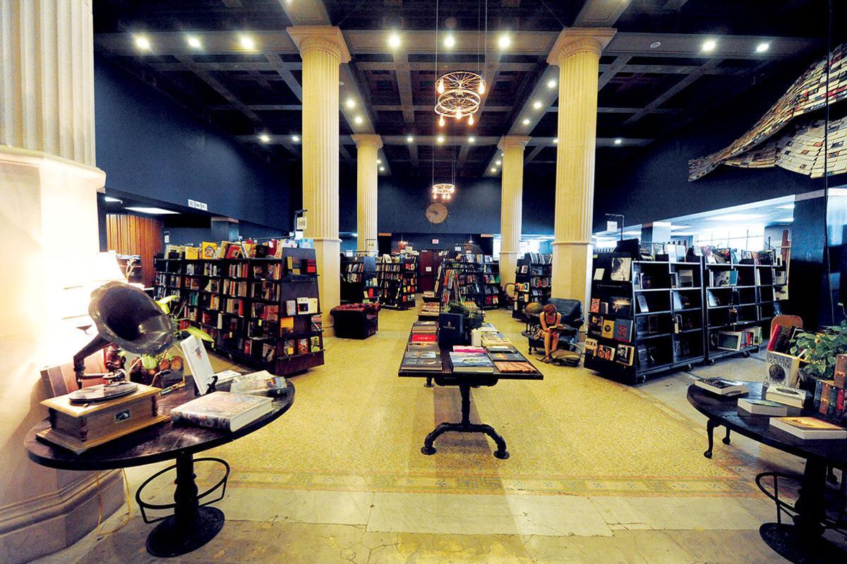 Best Bookstore: Last Bookstore