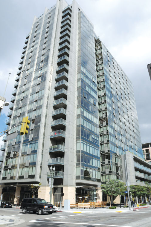 With Big Barker Block Sales, Many Hope for a Condo Comeback