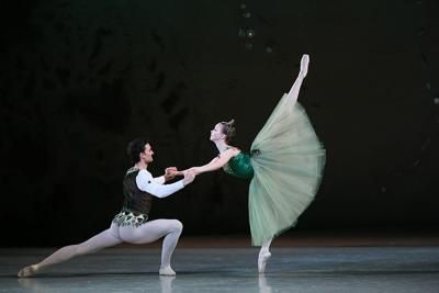 Russia's Mariinsky Ballet Arrives in Downtown with Three Colorful Dances