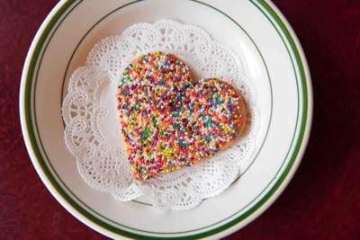 Heart-shaped sugar cookie nickel diner
