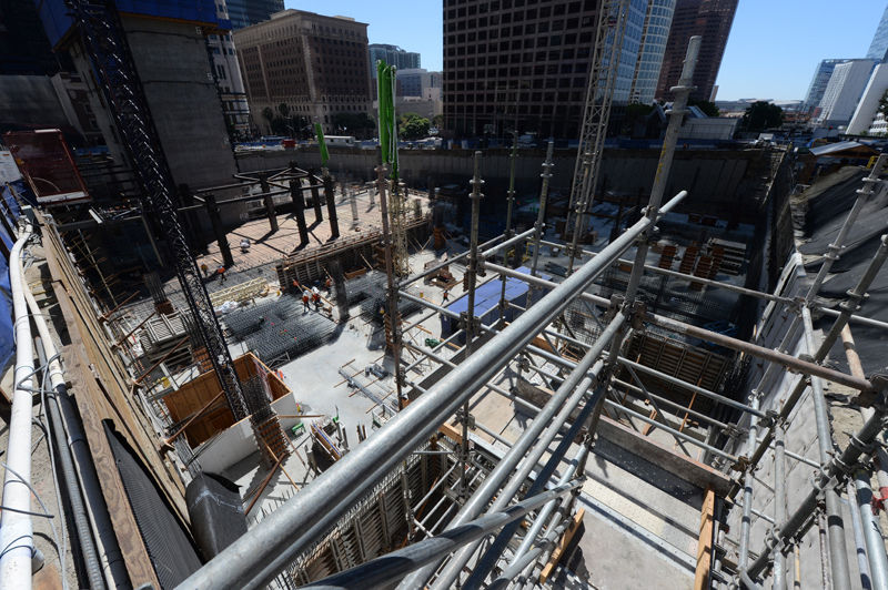 High-Rise Crane Coming to Wilshire Grand Project