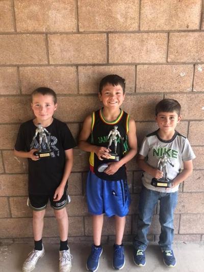 Mat Club presents season's awards