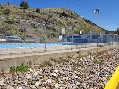 Town Council votes to not open pool