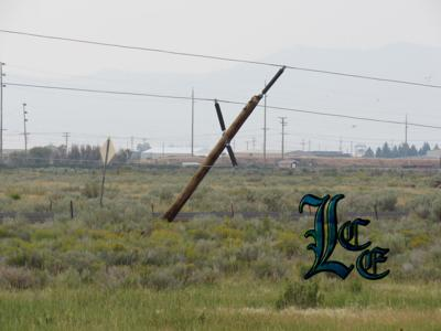 Winds knock down power lines