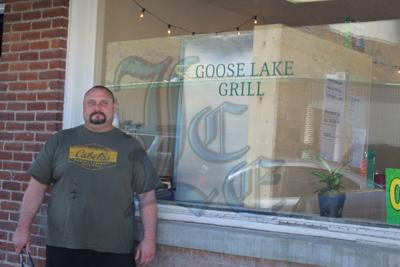 Goose Lake Grill opens its doors