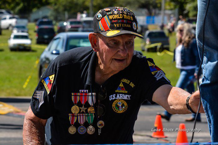 Honoring Veterans At The Air Show