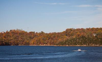 Fall Boater's Guide To Lake Of The Ozarks Restaurants & Bars