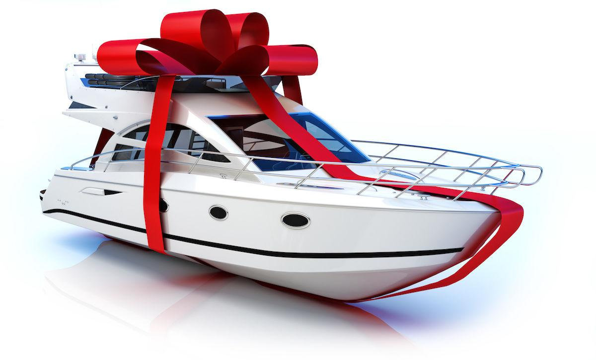 Ready To Buy A Boat? 6 Things To Know Before You Take The