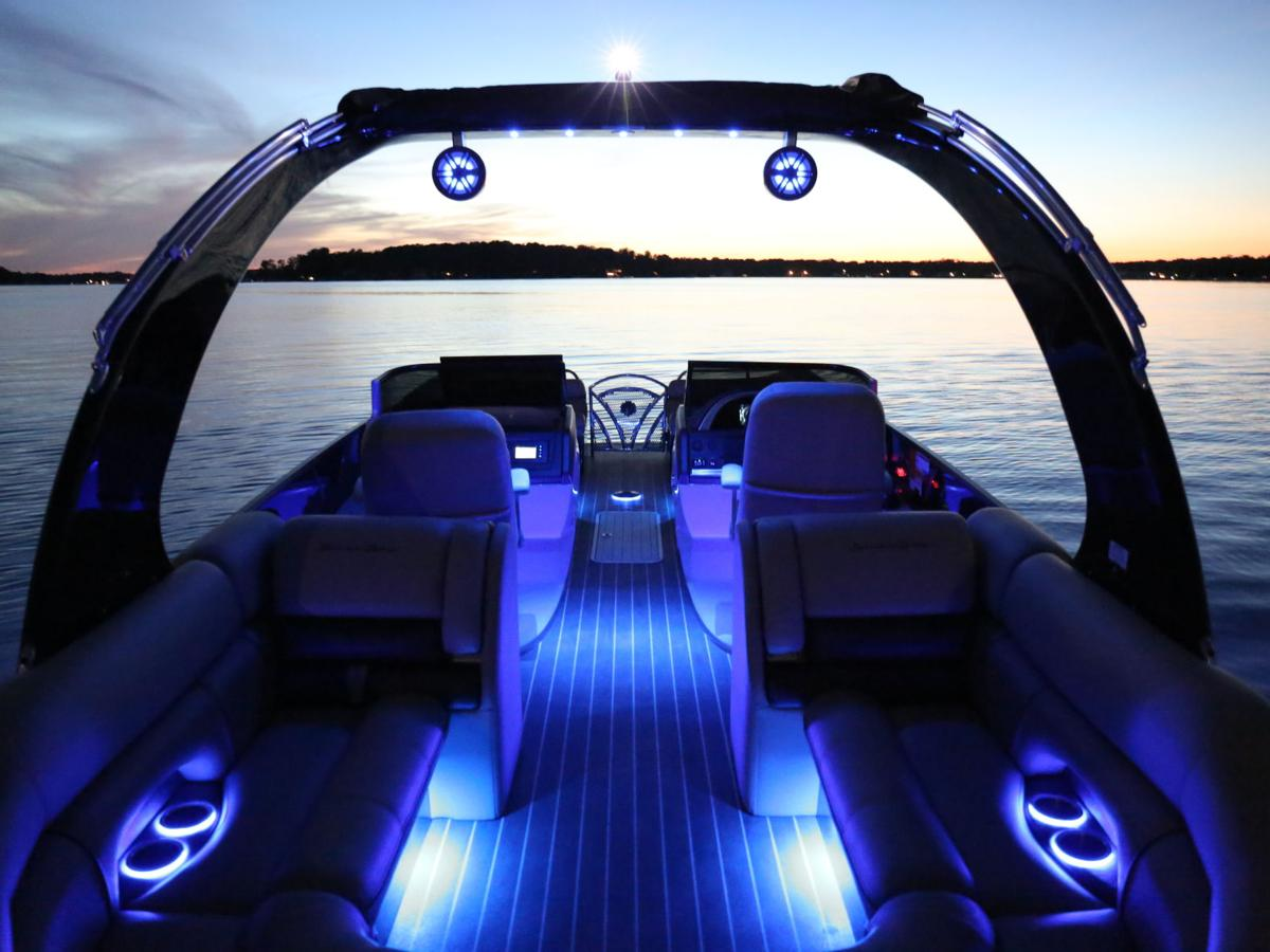 South Bay 25 Sport Is A Dramatic Step Forward In Pontoon Design