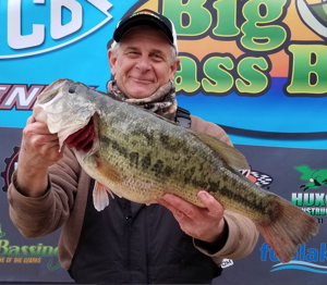 BIG BASS BASH! Angler Reels-In $100,000 Lunker On Lake Of The Ozarks