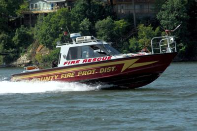 Fire_Boat_CREDIT_Nathan Bechtold:LakeExpo.com.JPG