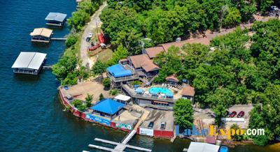 Topsider Owners Honored For 44 Years Of Innovation At The Lake
