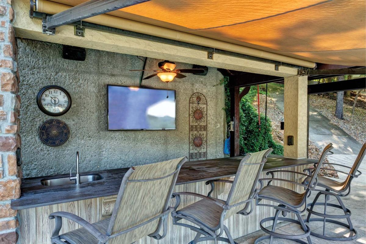 Otto & Ragan Outdoor Kitchens-2.jpg
