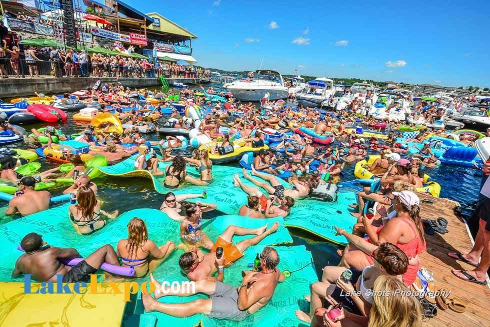 Aquapalooza Crowd