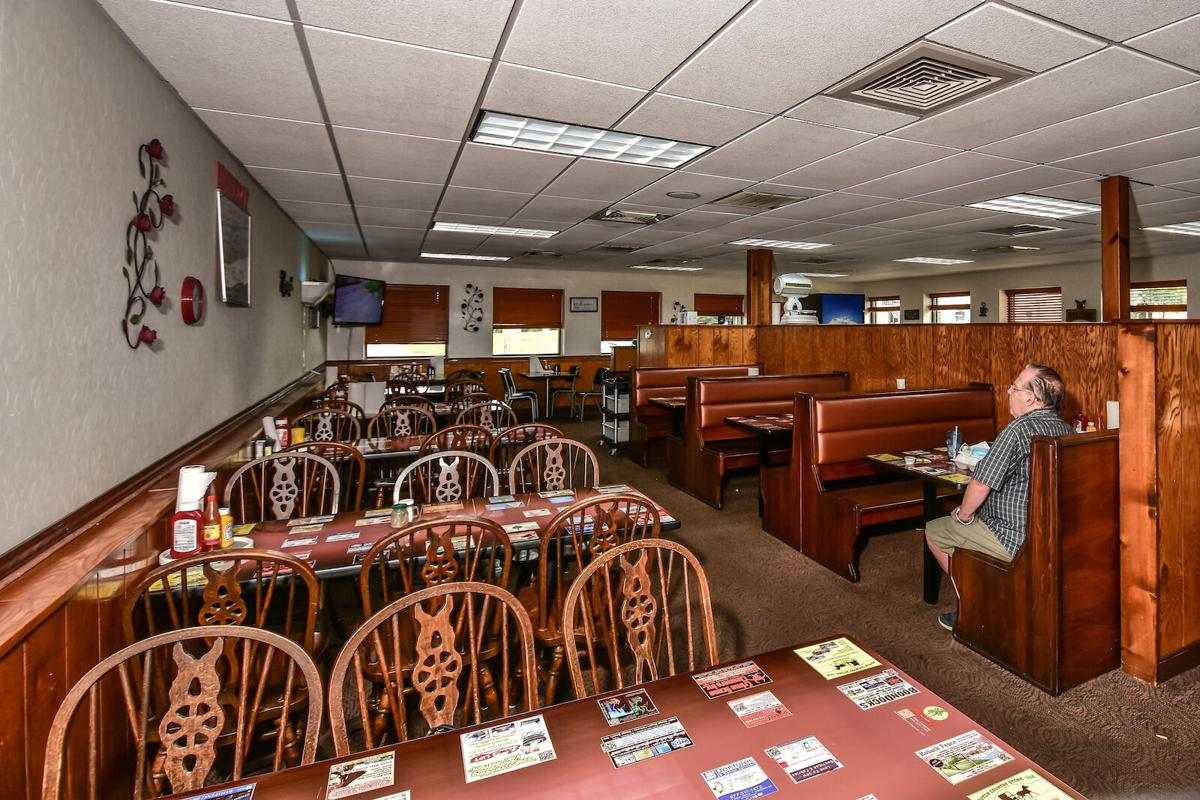 Bonnie's Cafe - Dining Room
