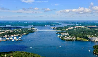 Lake Of The Ozarks Lodging Sees Record Bookings, Pointing To Huge Memorial Day Weekend