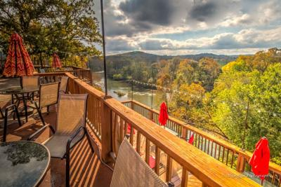 Shawnee Bluff Winery On the Niangua to Open in 2018