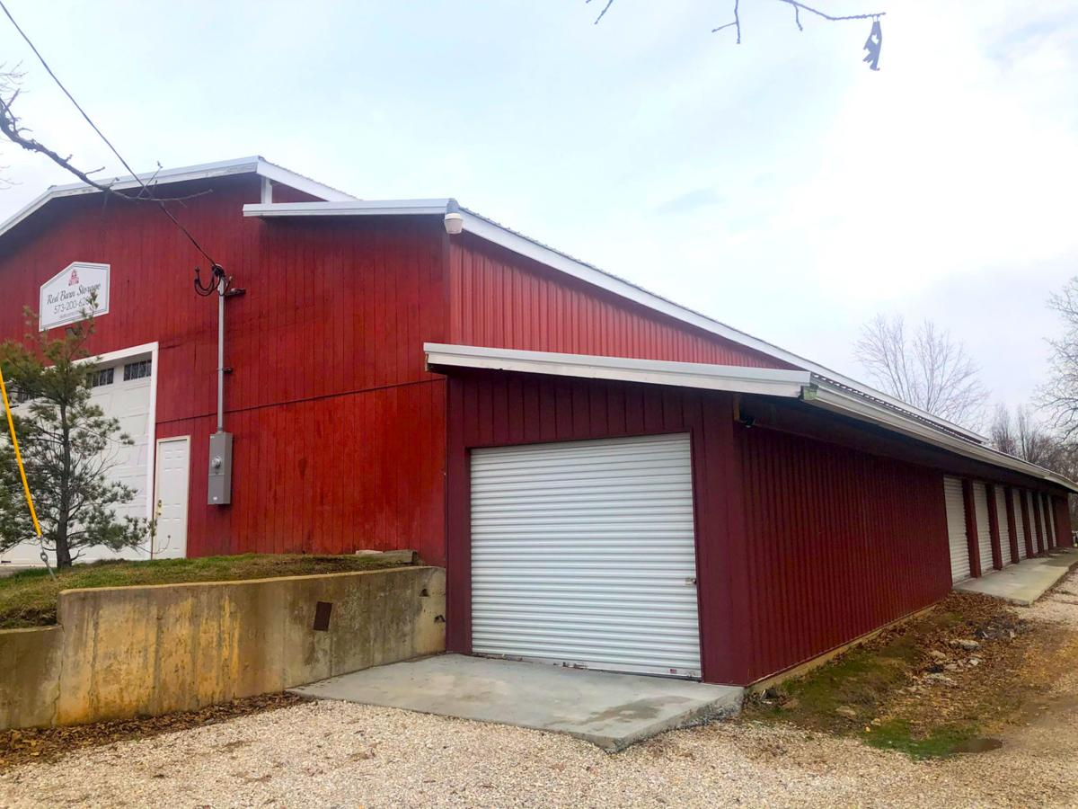Red Barn Storage - Outdoor Units