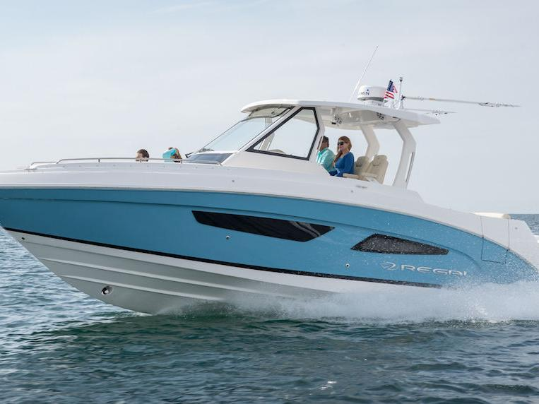 Built For Adventures On The Water: The Regal 33 SAV
