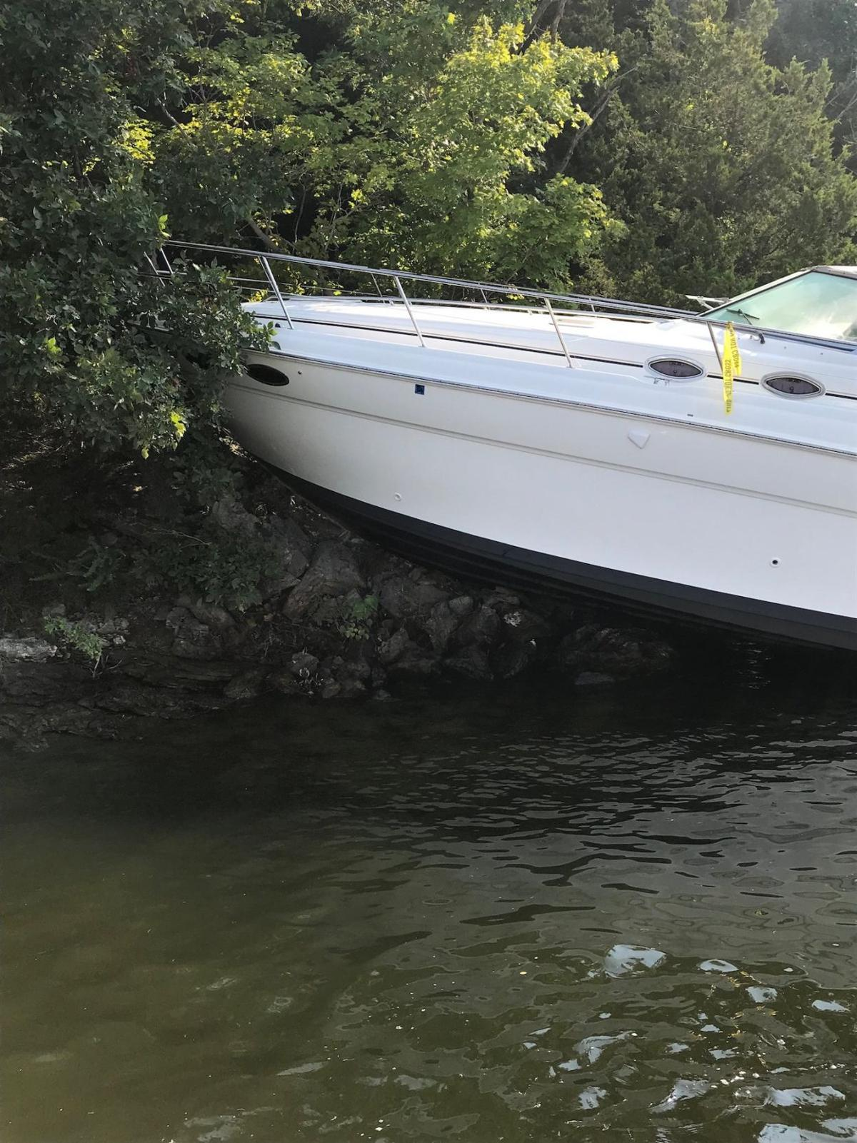 Boat Grounded On Lake Of The Ozarks Niangua Arm