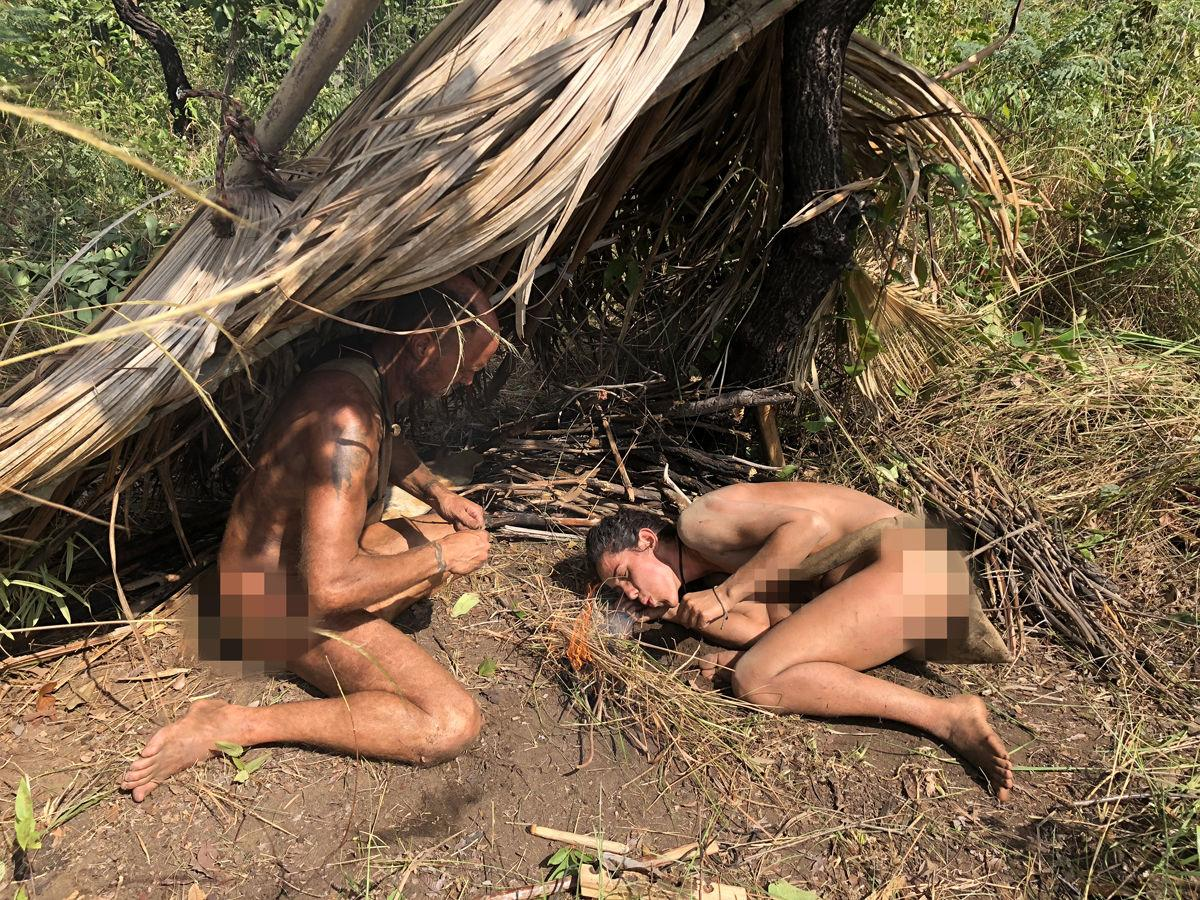 Survivalist Bares All On Discoverys Naked And Afraid -4356