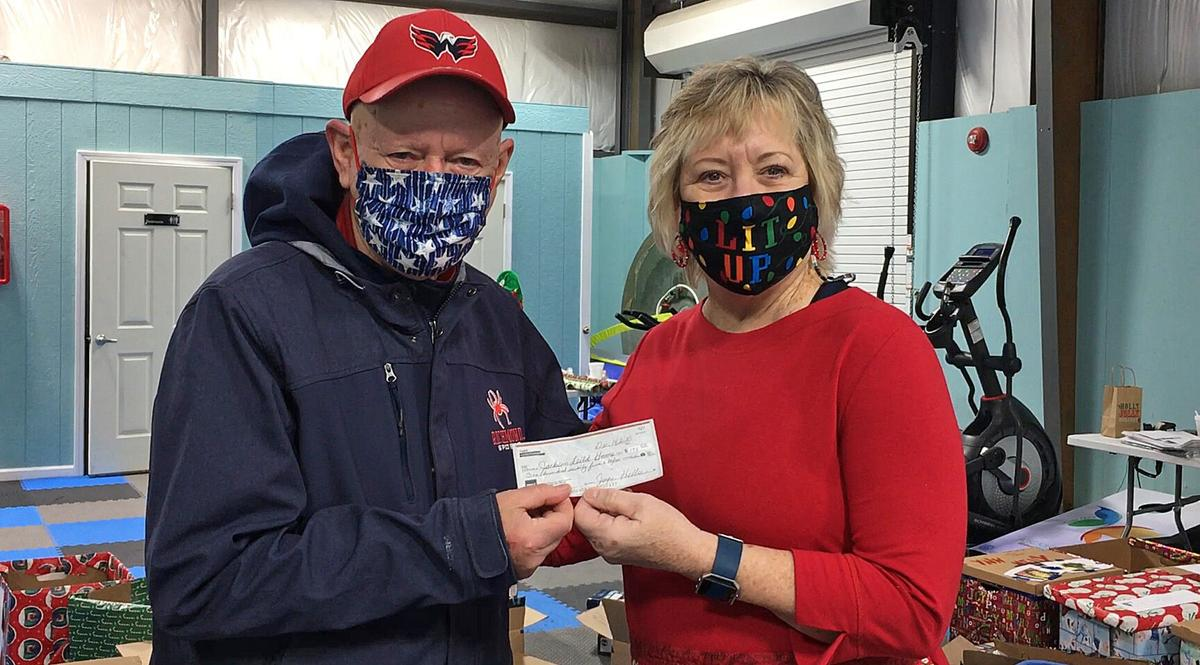 Lake Gaston Ladies Groups Spread Hope In Annual Gift Wrapping Trip News Lakegastongazette Observer Com