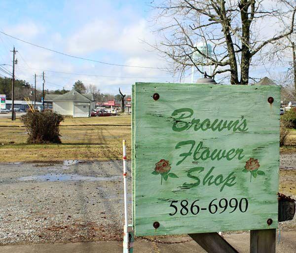 Brown's Flower Shop