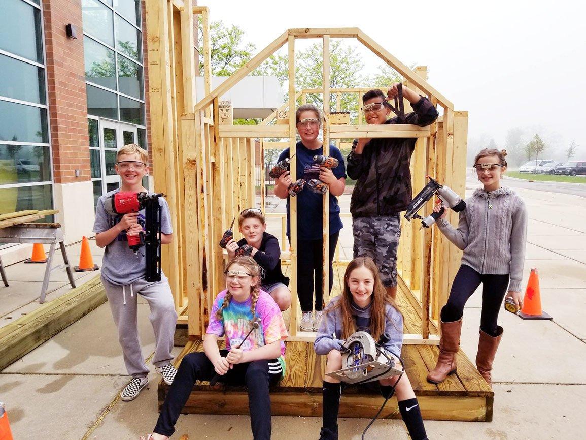 Walworth playhouse builders in Elkhorn