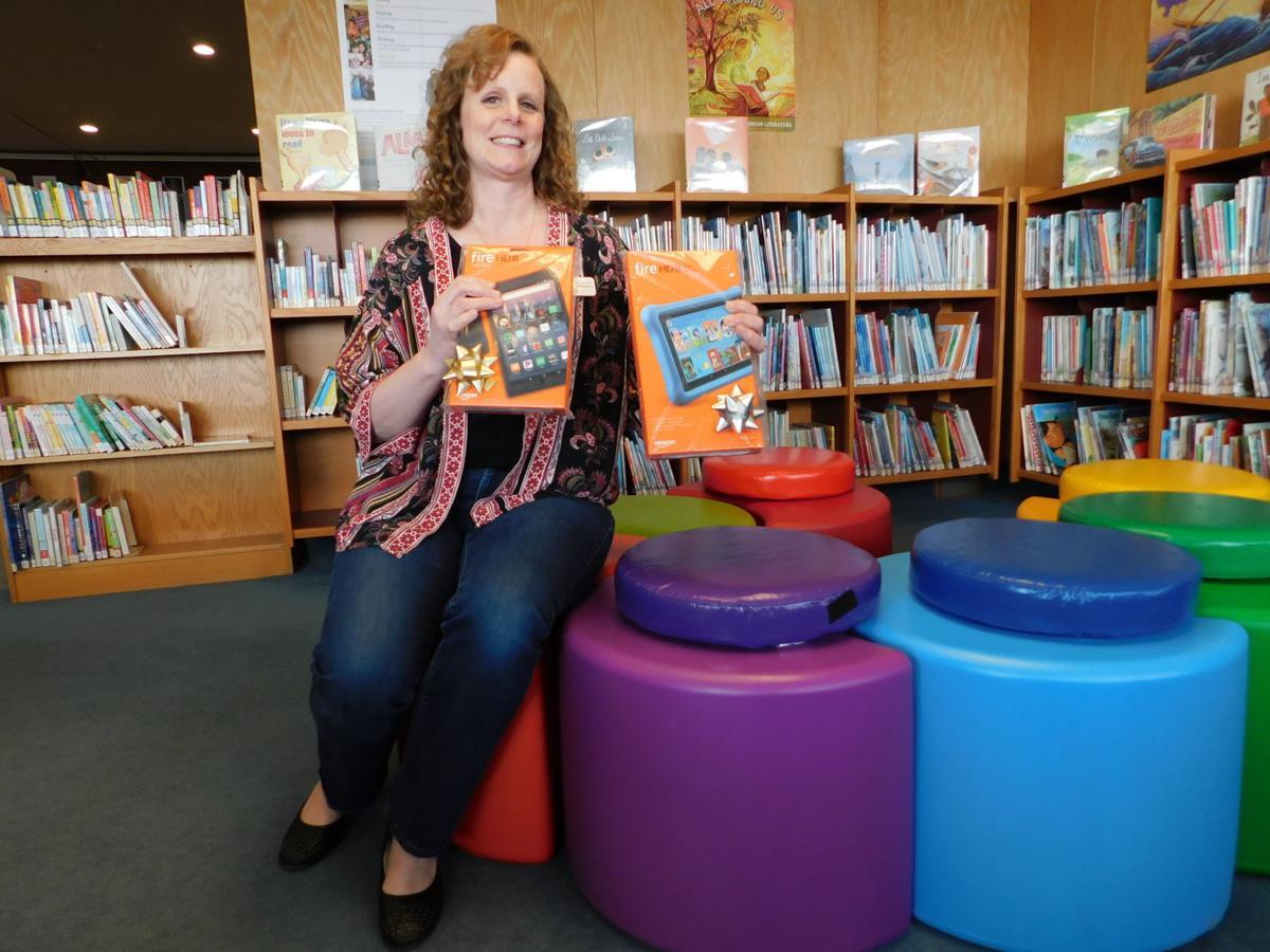 Wendy Finley library staffer