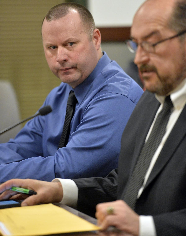 Dennis Linn cop criminal defendant