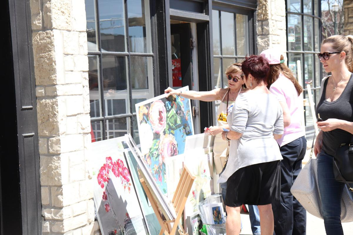 Art festival patrons