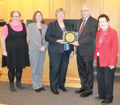 Walworth County celebrates another good-budgeting award