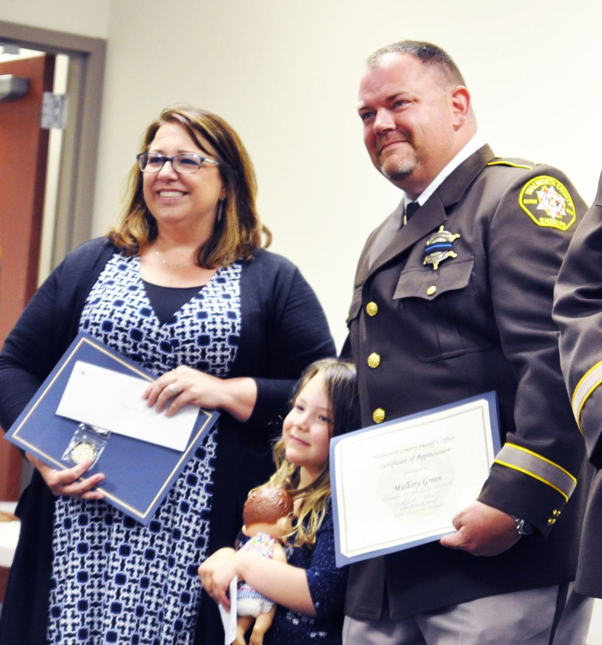 Sheriff's deputy honored for courthouse rescue | Lake Geneva