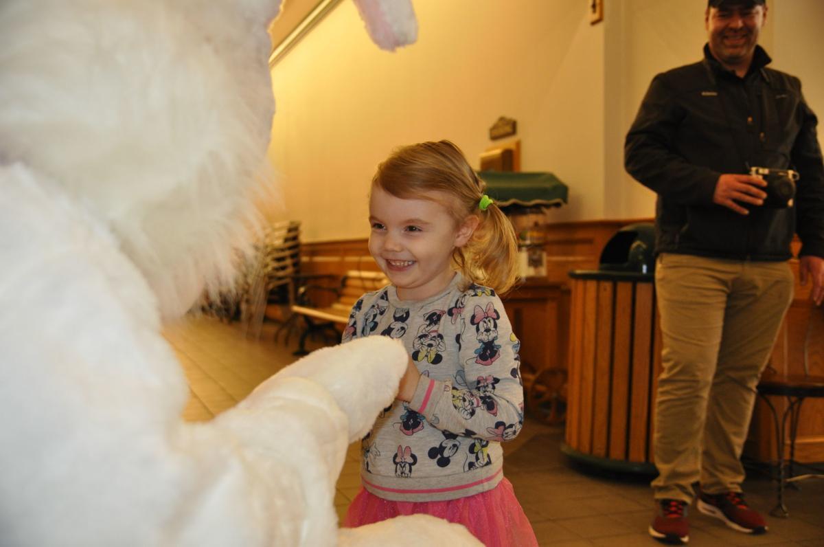 Quincy Schrack meets Easter Bunny