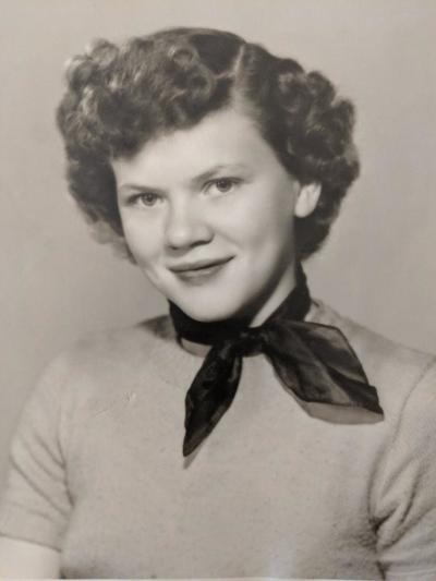 Lois Elvin