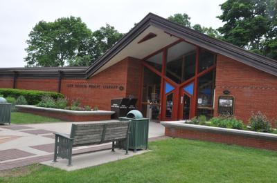 Lake Geneva Public Library