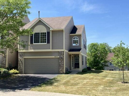 2 Bedroom Home in Fox Lake - $219,000