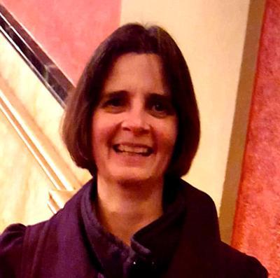 Mary Jo Fesenmaier Headshot