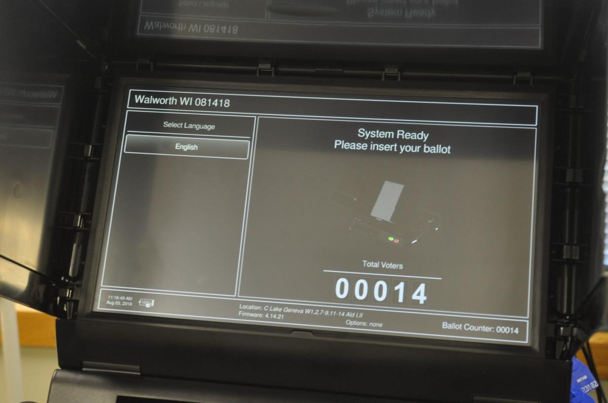 New election machine at Lake Geneva City Hall 2018