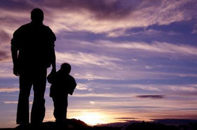 Generic free stock image fatherhood