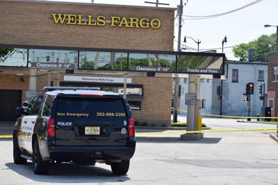 Police at Wells Fargo bank robbery Racine