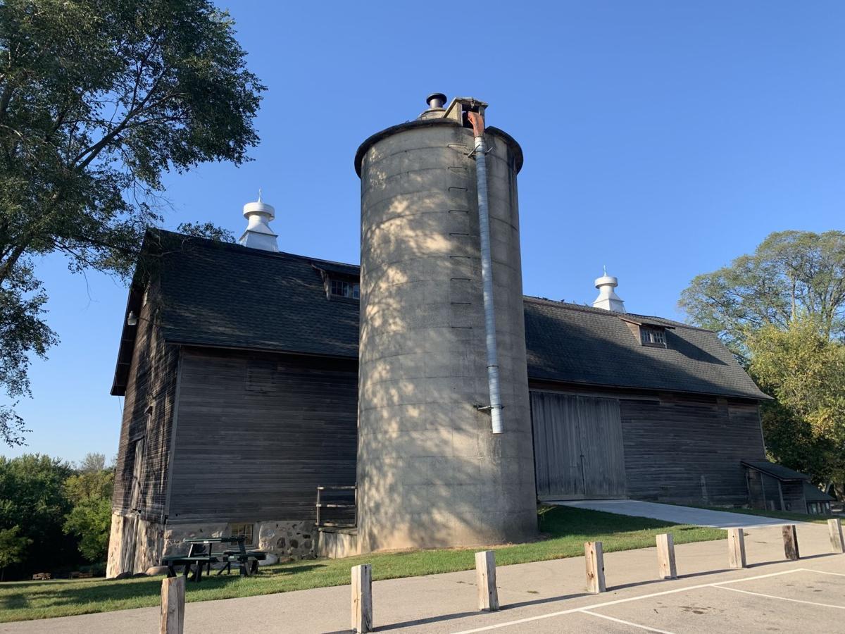 White River Park barn
