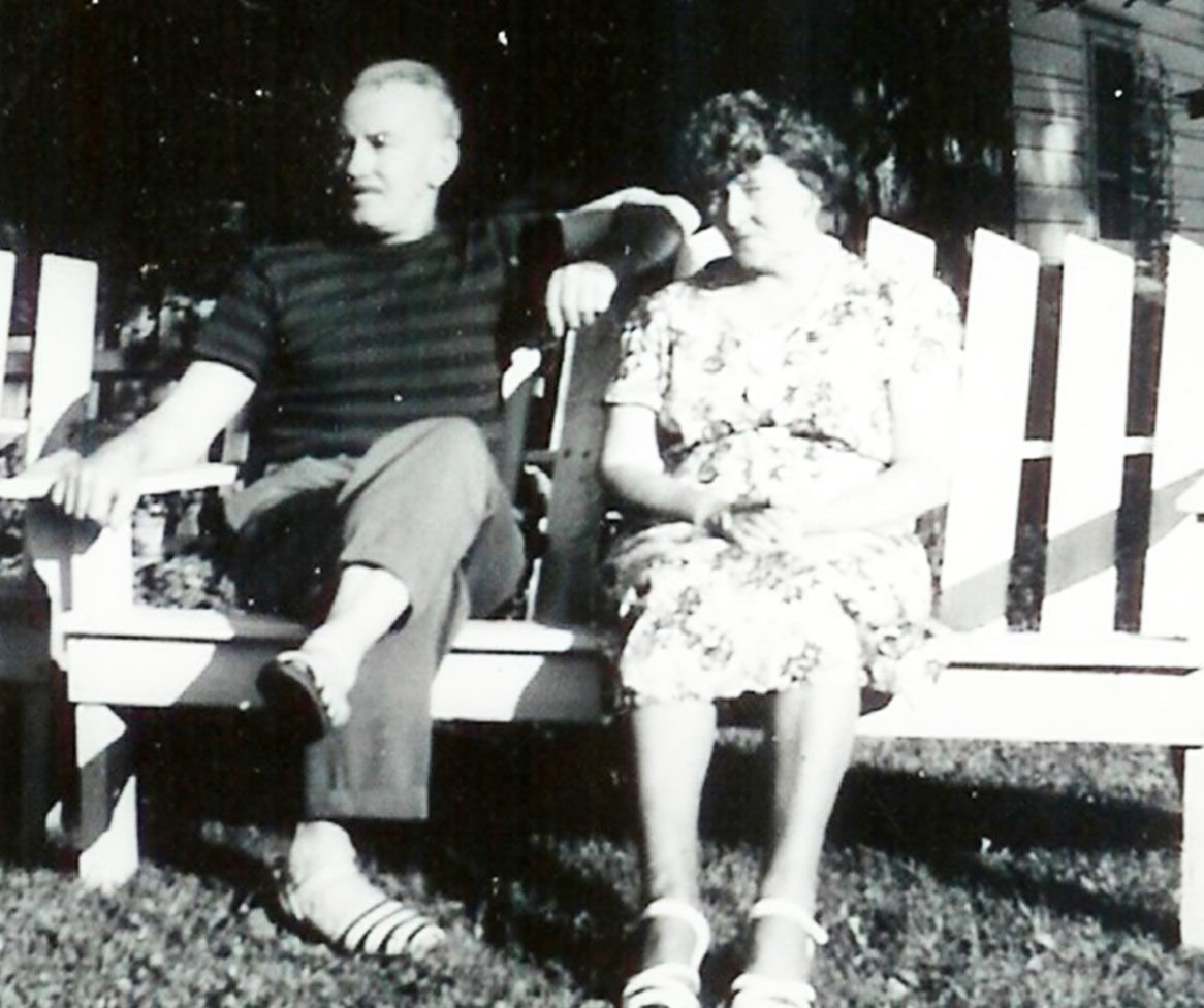 Olaf and Hilma Bie family from Williams Bay