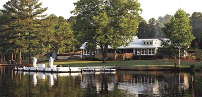 Harbor Club reopens The Boathouse Restaurant for 2021 lake season