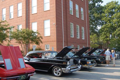 CruiseIn Car Show Returning To Greensboro News Lakeoconeebreezenet - Car show greensboro