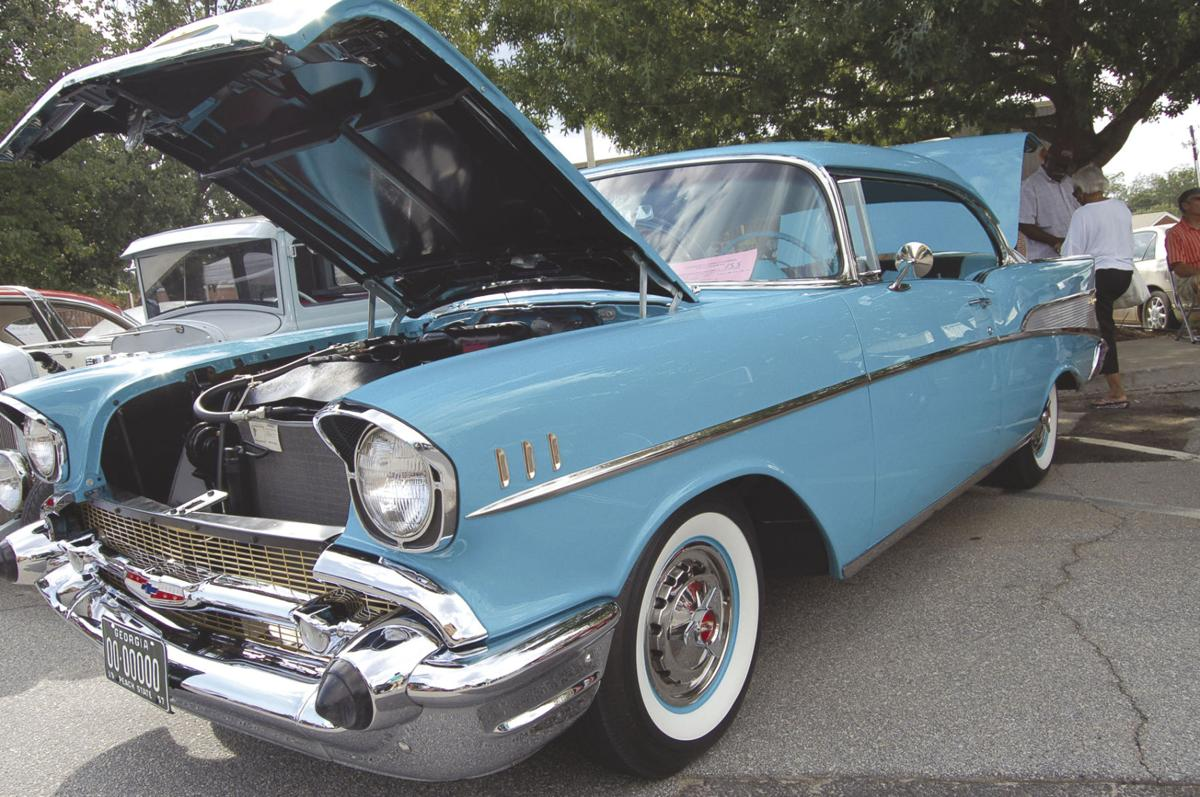Cruise In Car Show Returns To Downtown Greensboro News - Car show greensboro