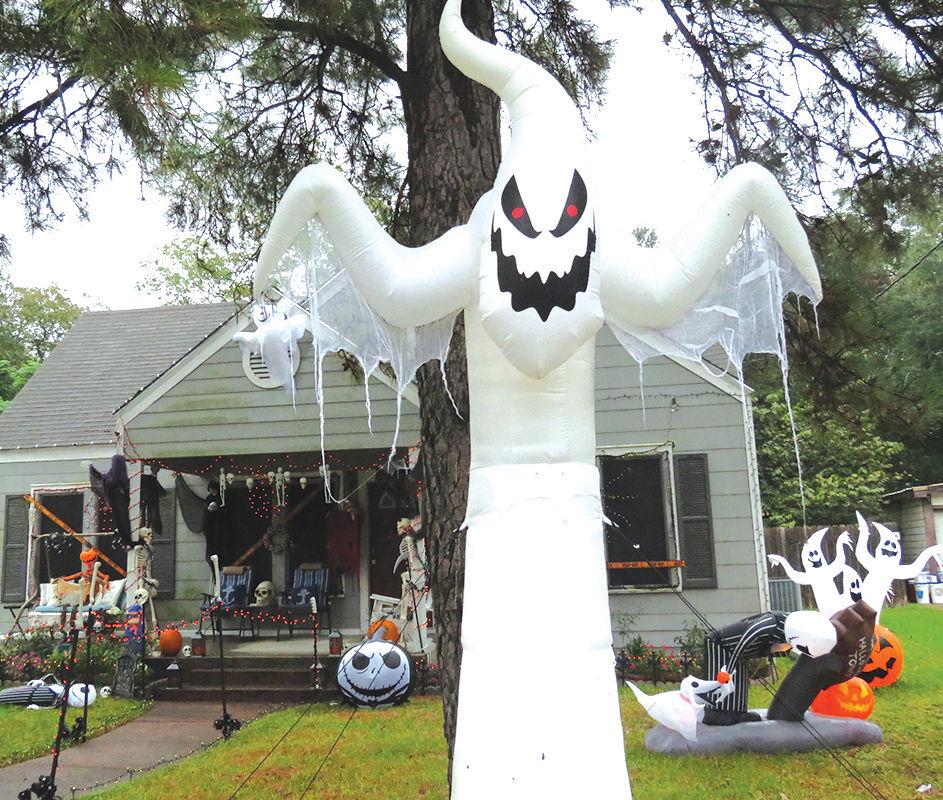 Haunted Yard Art
