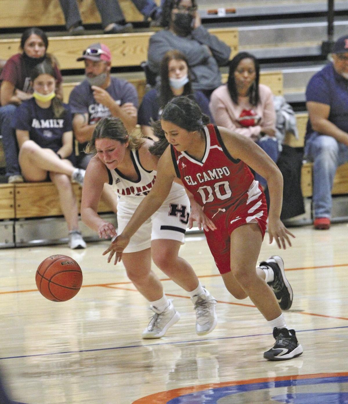 Melanie Nunez_ El Campo basketball_Hardin Jefferson.jpg